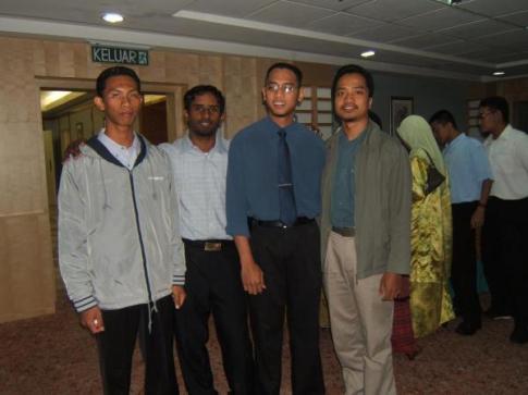 Bersama Sahabat di Alumni UTeM